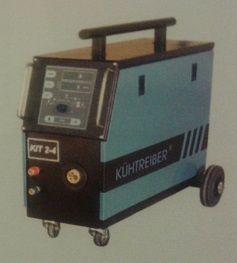 Kühtreiber KIT 2-4PW Processor, podavač 4kladka, s vedením vody