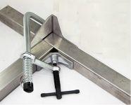UDL365 - úhlová upínací svěrka s rozsahem 76mm a kapacitou 50mm